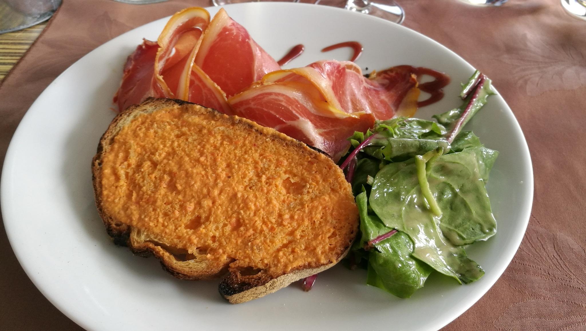 jambon serrano et pan con tomate