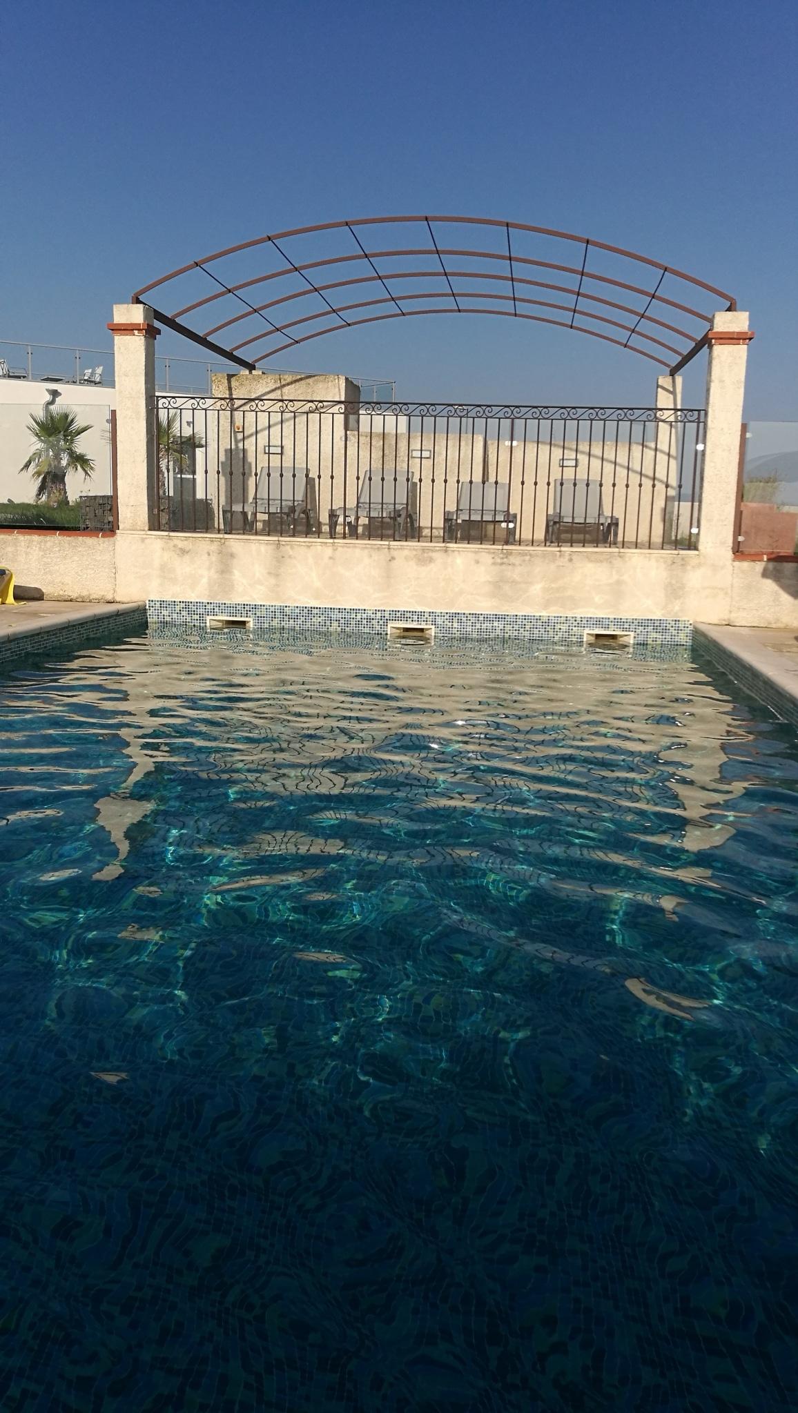 Hôtel avec piscine (chauffée) à Mèze