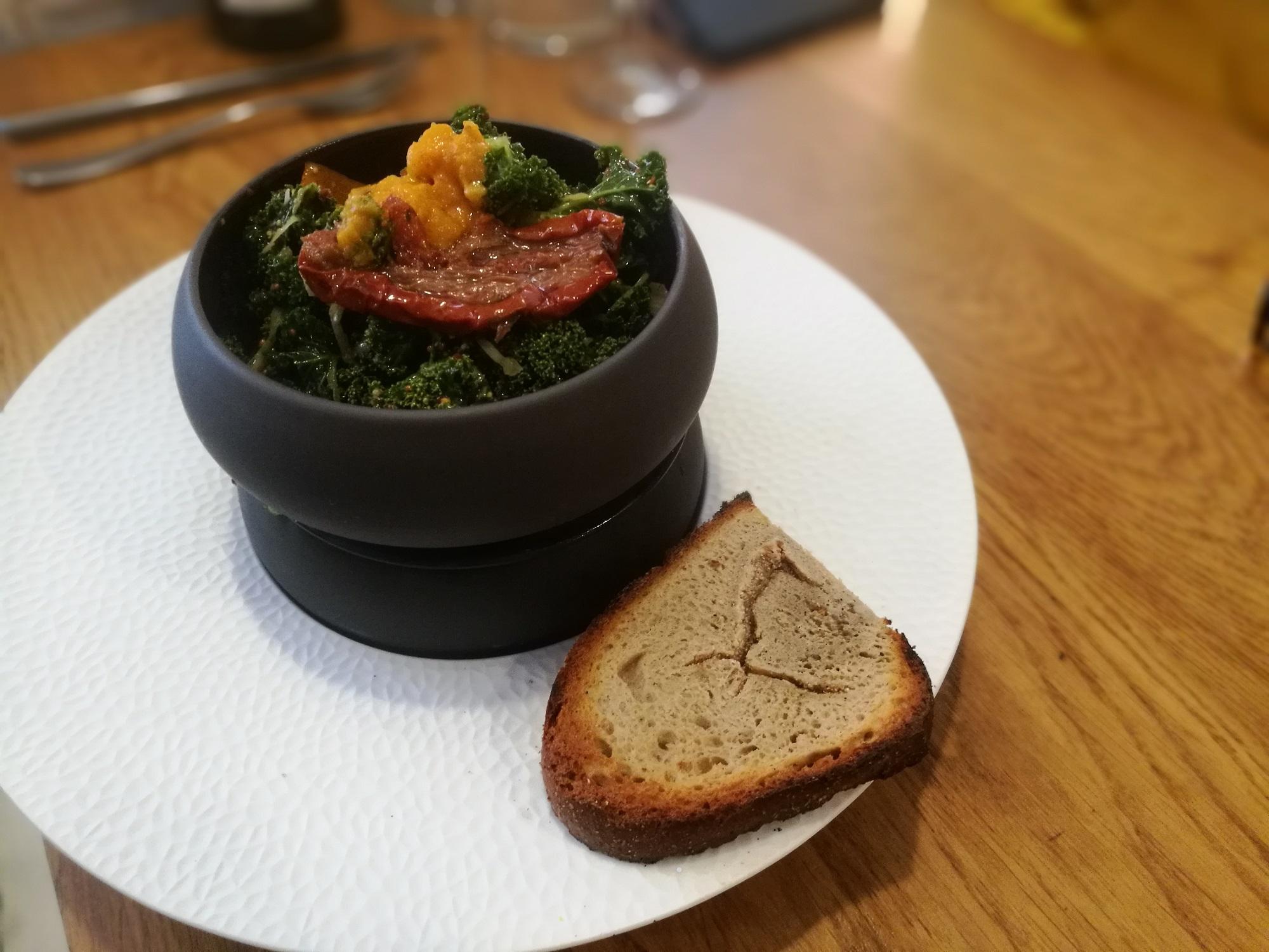 Salade de saison au chou kale